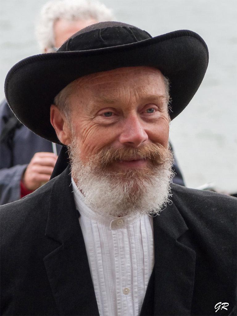 Gérard - Révérend barbu