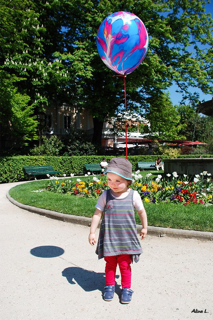 Aline - L'enfant au ballon